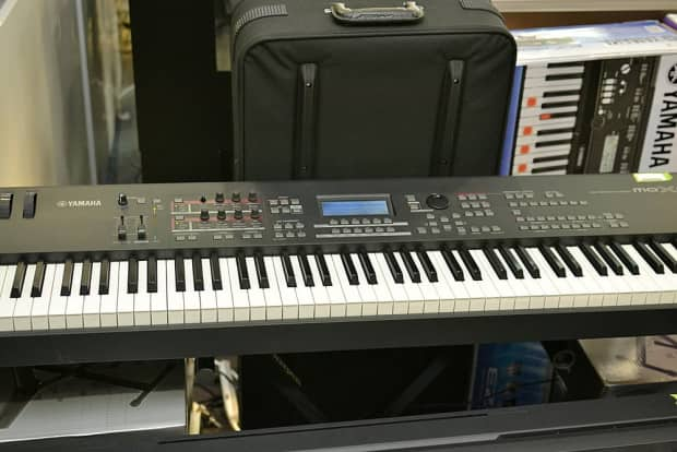 yamaha mox8 88 key synthesizer workstation pre owned reverb. Black Bedroom Furniture Sets. Home Design Ideas