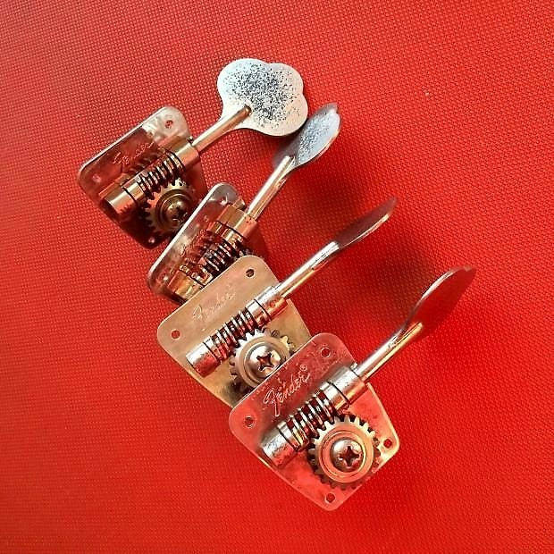 Fender Vintage Bass Tuners 104