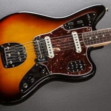 Fender American Vintage '65 Reissue Jaguar Recent 3 Color Sunburst image