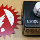 "Alchemy Audio ""Dead Bat"" Dying 9 Volt Battery Simulator Effect Pedal Voltage Sag image"