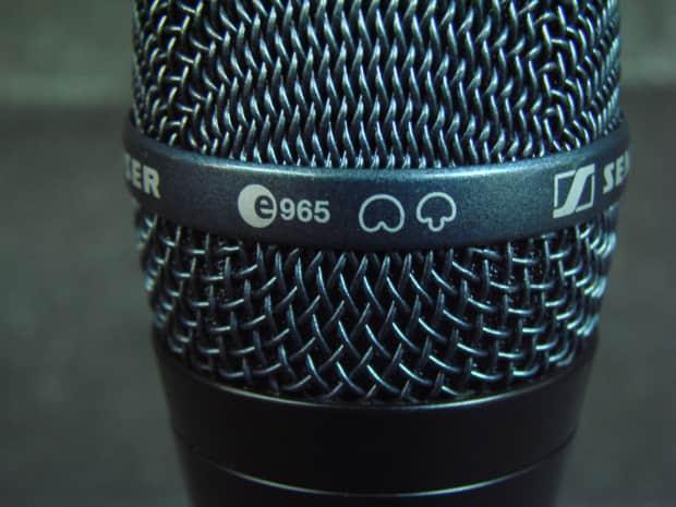 how to clean a sennheiser microphone