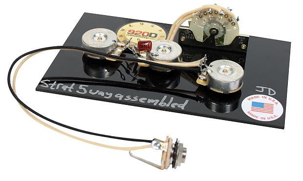 how to set up a stratocaster guitar