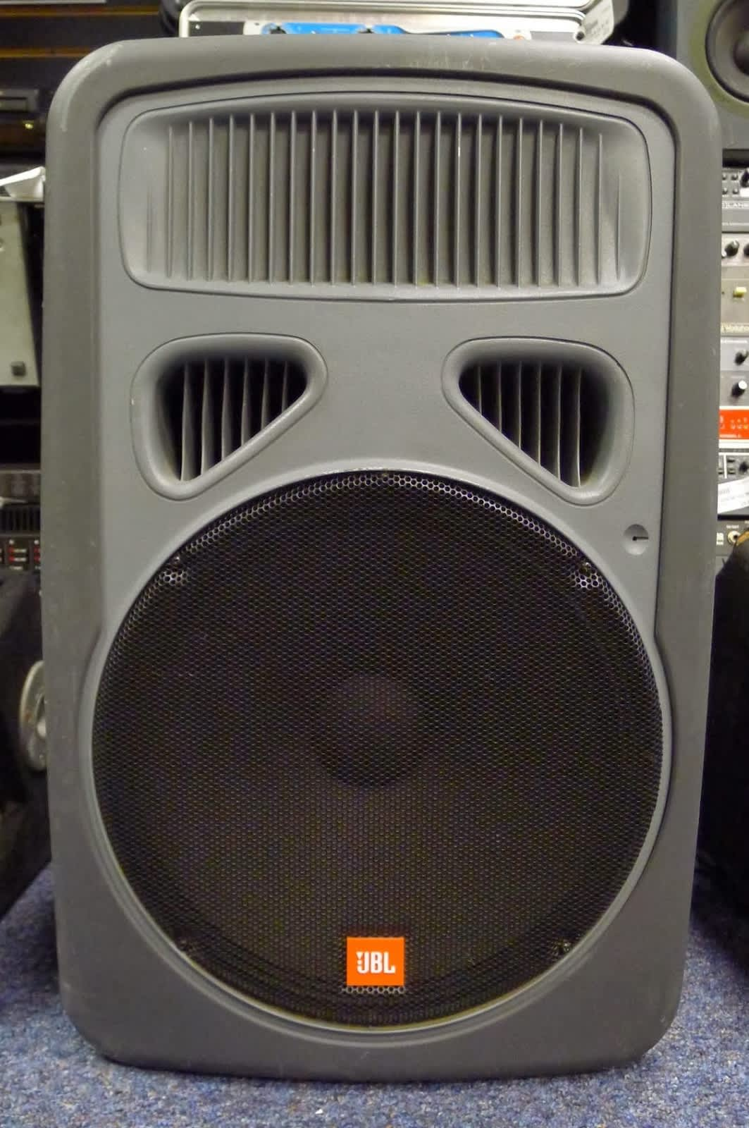 """Auto Auction Pa >> JBL EON 15"""" Powered Subwoofer VERY CLEAN! SUB woofer PA ..."""