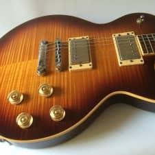 Guild Bluesbird USA 1998 Electric Guitar, Figured Maple Top, Chambered Mahogany Body, Aero Case image