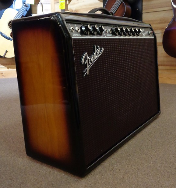 used fender limited edition 39 65 deluxe reverb 22 watt combo reverb. Black Bedroom Furniture Sets. Home Design Ideas