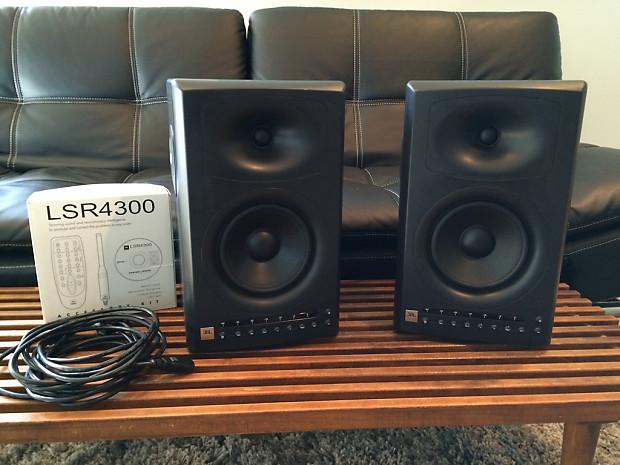 JBL studio speakers LSR4326P