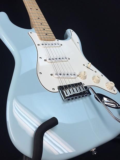 2014 squier deluxe stratocaster electric guitar daphne blue reverb. Black Bedroom Furniture Sets. Home Design Ideas