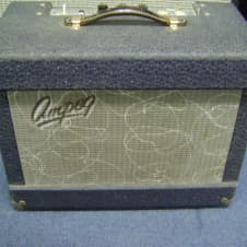 Ampeg Vintage JET early 1960s Guitar Amp Model J-12, Rare with silk screen logo image
