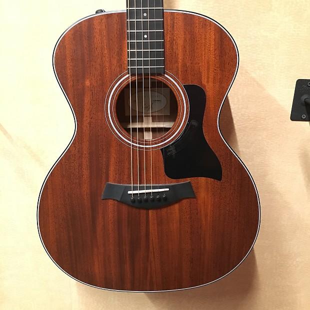 Taylor 324e Acoustic E...