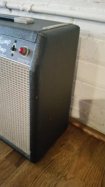 1967 Fender Vibro Champ Guitar Amp Amplifier Original