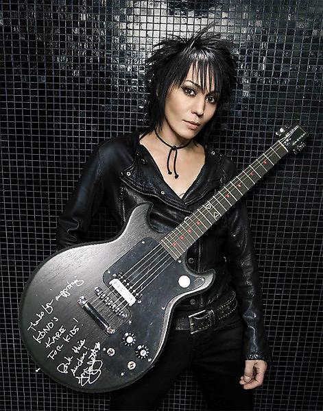 signed joan jett gibson melody maker guitar signed joan reverb. Black Bedroom Furniture Sets. Home Design Ideas