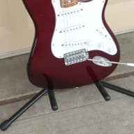 2000 Fender MIM Stratocaster Standard SSS Strat Maroon Electric Guitar + Gig Bag