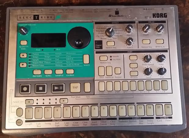 Korg Electribe Es 1 With 64mb Smart Media Card And Reader