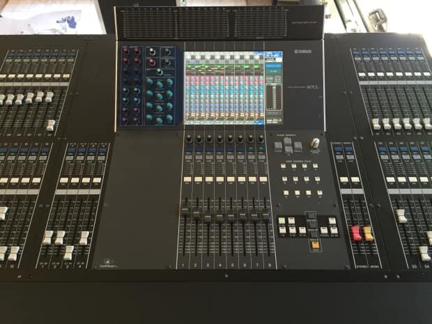 Yamaha m7cl 48 version 3 w meter bridge digital mixing for Yamaha cl mixer