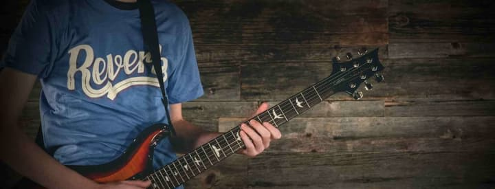 The Reverb Guide to Buying Your First Guitar