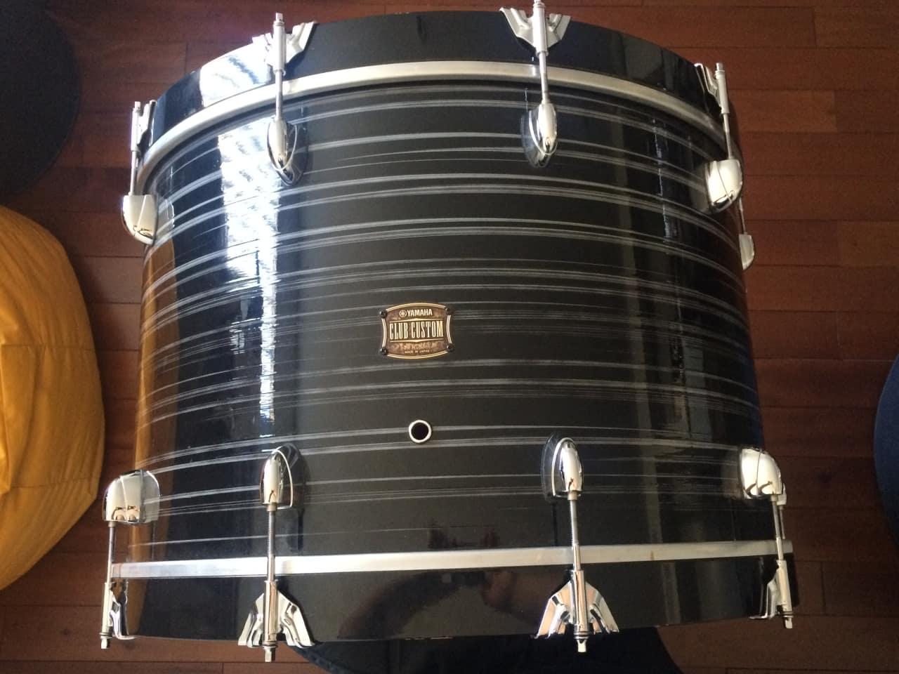 Yamaha club custom 2014 black swirl painting 24 kick and for 14 floor tom for sale