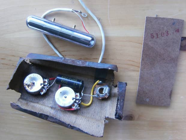 Danelectro  U0026quot Totally Shielded U0026quot  Vintage Harness And Yesteryear