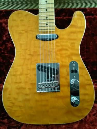 Fender select carved maple top telecaster usa