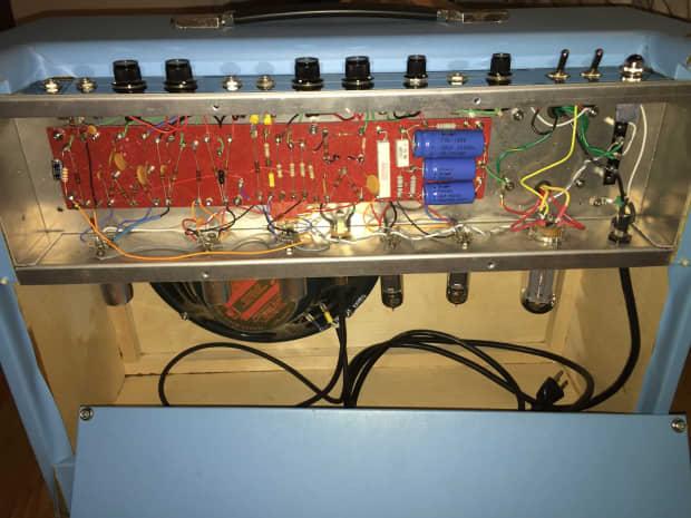 Gemini amp mike have live radio sex - 1 9