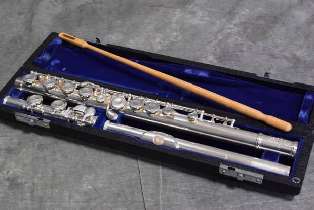 Sankyo flute serial numbers