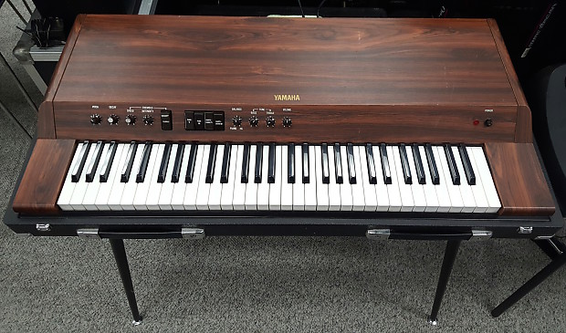 vintage yamaha cp 20 electric keyboard piano harpsichord w. Black Bedroom Furniture Sets. Home Design Ideas