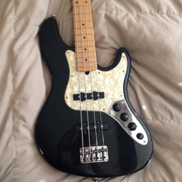Fender American Deluxe Jazz Bass 1997 Black