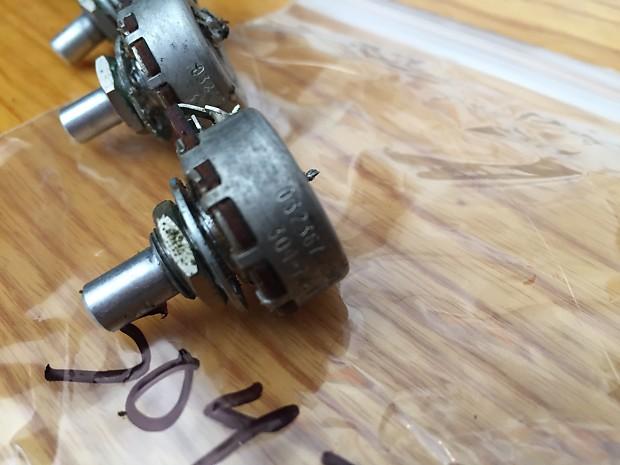 fender jazz bass guitar pots set potentiometers volume tone reverb. Black Bedroom Furniture Sets. Home Design Ideas