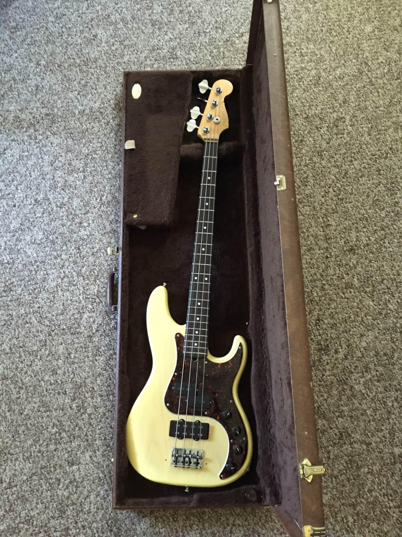 fender american deluxe precision bass 1996 blonde reverb. Black Bedroom Furniture Sets. Home Design Ideas