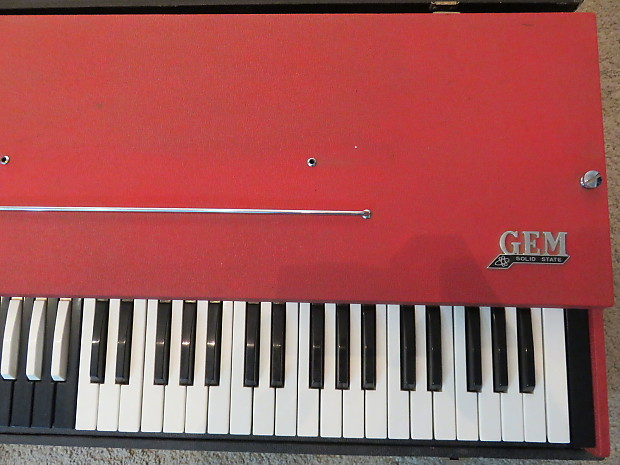 Semi working vintage 1960s gem organ sounds just like vox for Classic house organ sound