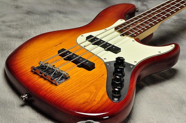 vintage sienna sunburst fender jazz bass