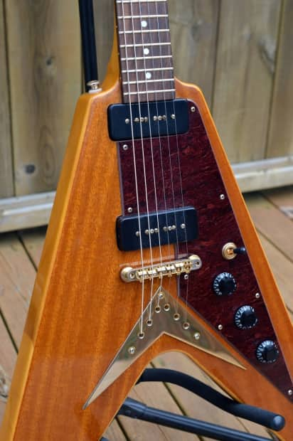 Popa chubby flying v