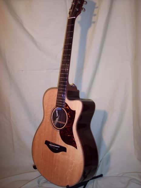 Does The Yamaha Silent Guitar Have A Truss Rod