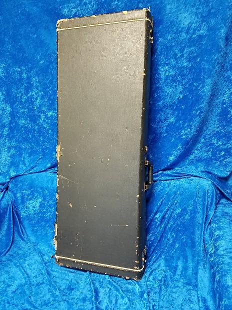 kramer 1980 39 s explorer guitar case 1980 39 s extremely rare reverb. Black Bedroom Furniture Sets. Home Design Ideas