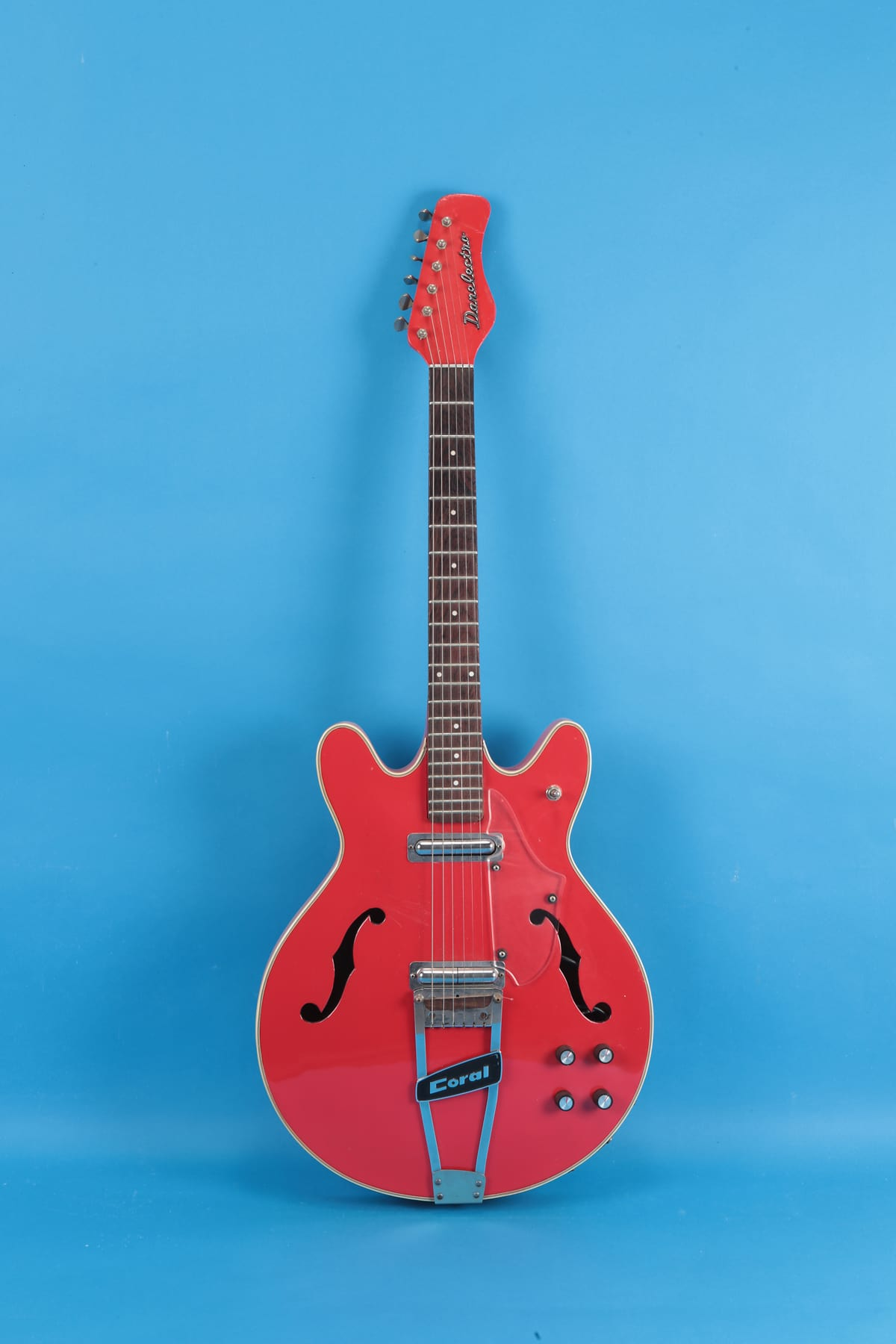 Body Shops Near Me >> Danelectro Coral Firefly 1968 Red | Reverb