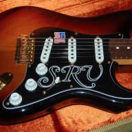 <p>Fender Fender Artist Series Stevie Ray Vaughan Stratocaster Strat Sunburst MINT SRV Sunburst</p>  for sale