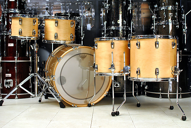 used ludwig classic maple 5pc drum set natural maple reverb. Black Bedroom Furniture Sets. Home Design Ideas