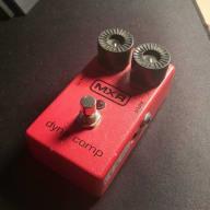 MXR Dyna Comp red