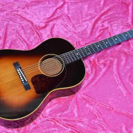 <p>1953 Gibson LG-1 Sunburst small body acoustic excellent + to near mint rare</p>  for sale
