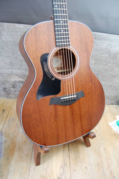 2014 Taylor 324 Mahogany Top GA Acoustic