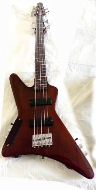 4 string short scale fretless bass 5 string standard bass reverb. Black Bedroom Furniture Sets. Home Design Ideas