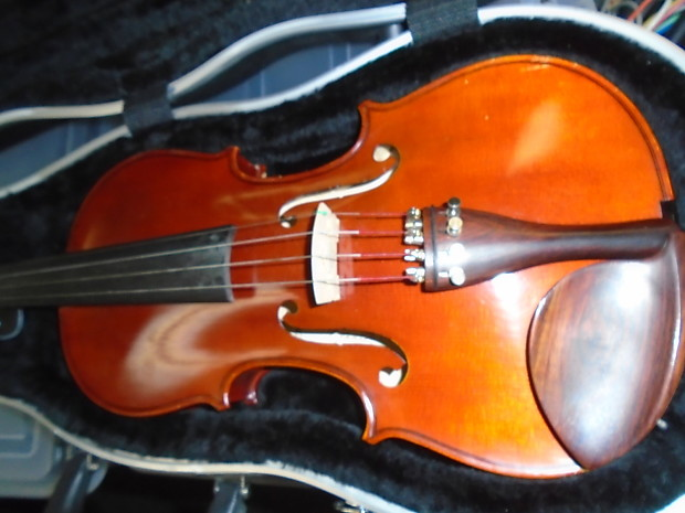 Yamaha v 5 4 4 violin outfit with case and bow reverb for Violin yamaha 4 4