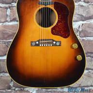 <p>Vintage 1955 Gibson J-160E Acoustic Electric Guitar Sunburst Transitional Piece w/HSC</p>  for sale