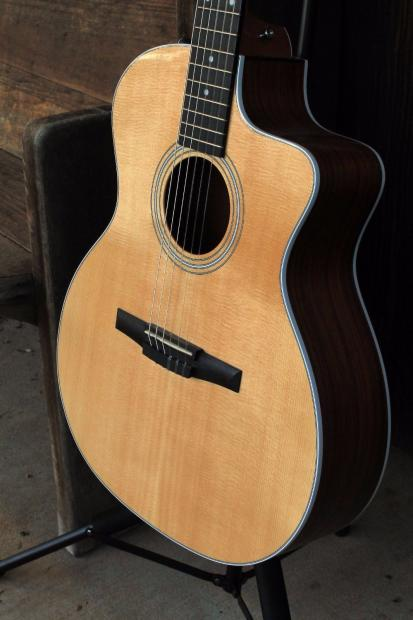 taylor 214ce n nylon acoustic electric guitar reverb. Black Bedroom Furniture Sets. Home Design Ideas