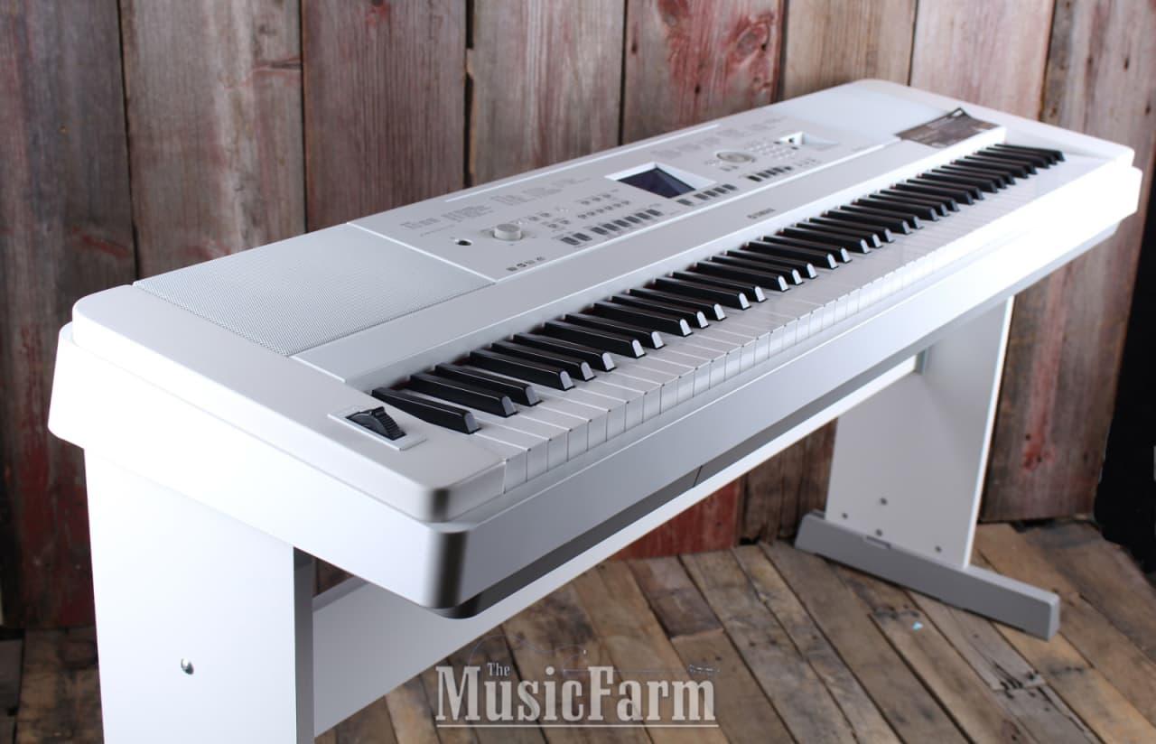 Yamaha dgx650 wh 88 key digital grand piano power supply for Yamaha 650 piano