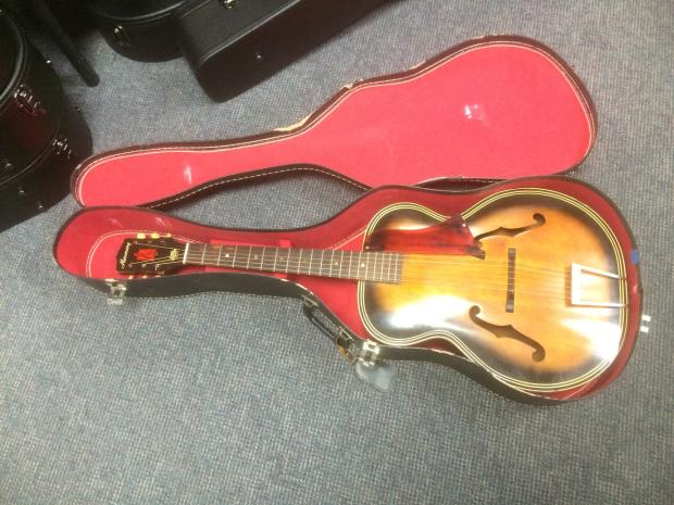 dating harmony archtop The world's finest american-made musical instruments made with love in kalamazoo, michigan.