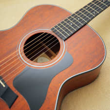 Taylor 324 in Excellent Condition! image