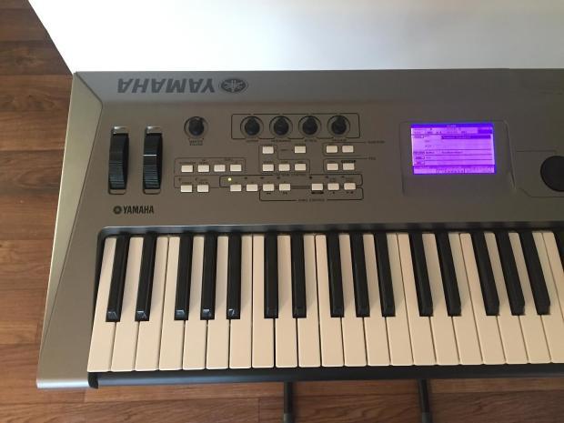 Yamaha mm6 workstation synthesizer keyboard 61 key w for Yamaha keyboard synthesizer