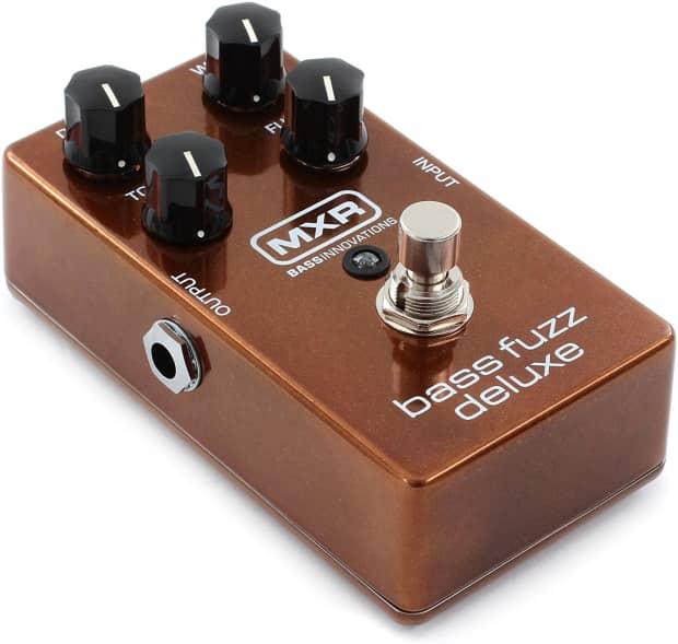 new mxr m84 bass fuzz deluxe distortion analog guitar effect reverb. Black Bedroom Furniture Sets. Home Design Ideas