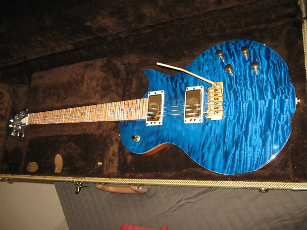 Carvin cs carved quilted maple top flame fretboard