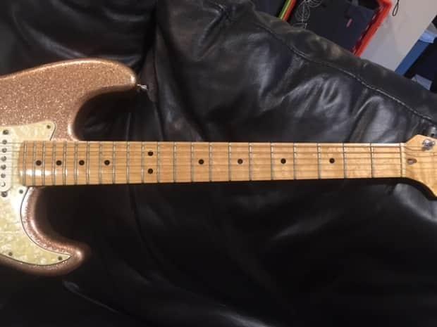 Fender usa custom shop american classic stratocaster 1995 for American classic usa